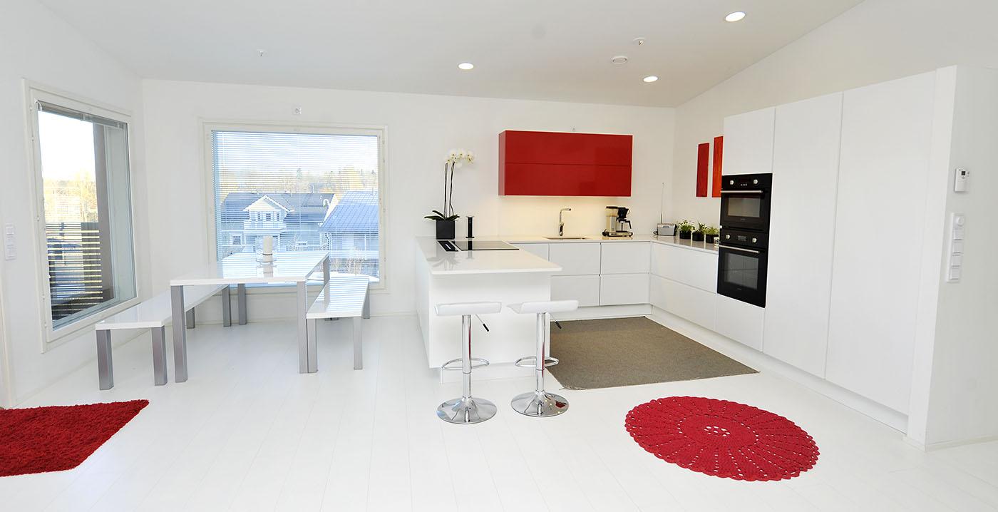 Keittiö 31  moderni valkoinen keittiö  OPDECO